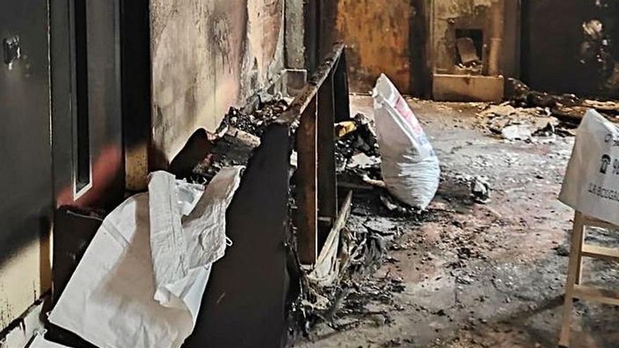 """""""Pudo haber matado a mucha gente"""", afirman los vecinos de la mujer que quemó su rellano en Valentín Masip"""