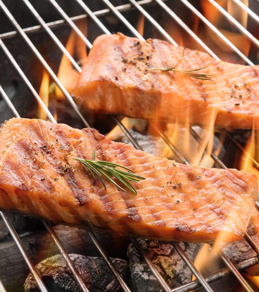Barbacoa perfecta y saludable con salmón noruego