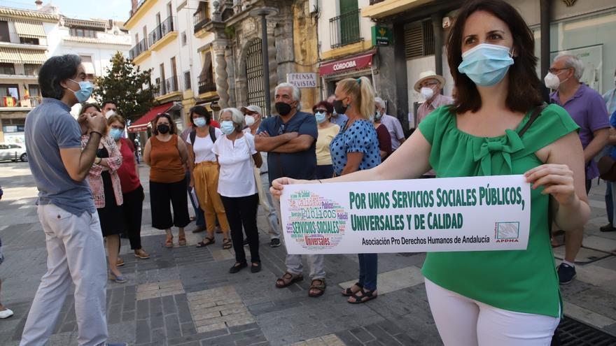 """APDH se moviliza en Córdoba para denunciar """"el colapso de los Servicios Sociales"""""""