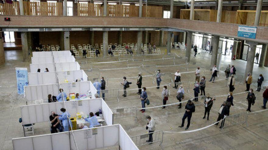 Salut obre el punt de vacunació massiu del Palau de Fires de Girona