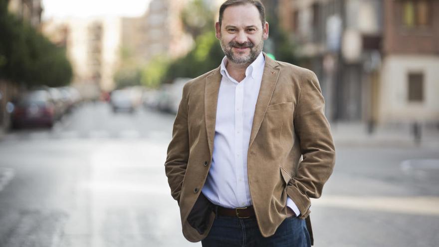 Ábalos, posible sustituto de Hernando como portavoz del PSOE en el Congreso
