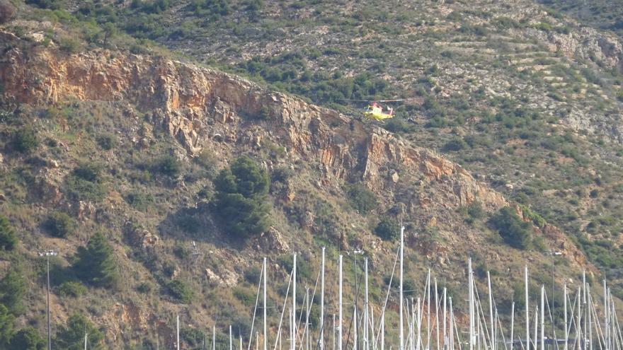 Fallece un hombre de 47 años en la senda que une el Tangó con el faro del Cap de Sant Antoni de Xàbia