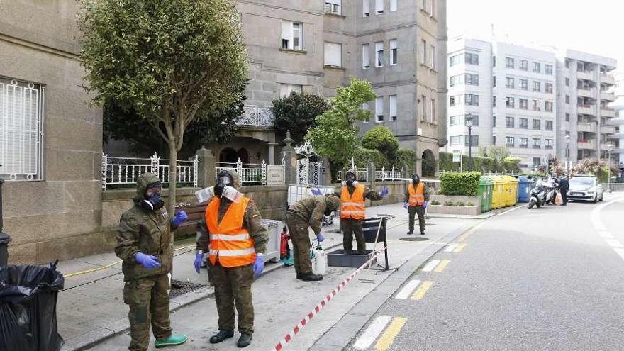 La Brilat desinfecta ocho residencias de mayores de la provincia de Pontevedra