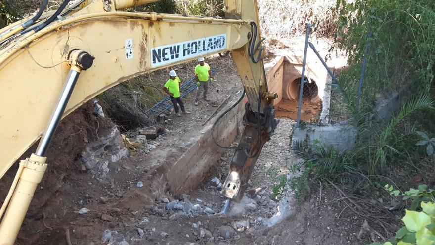 Emasa inicia la segunda fase de la mejora del drenaje de Cerrado Calderón