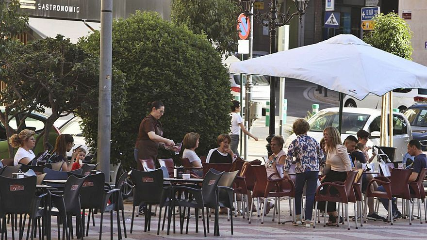 Ontinyent da el primer paso en la plaza de la Concepción