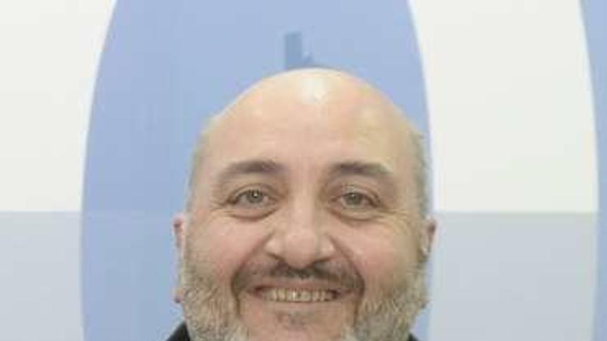 El alcalde de Ares pugnará por liderar el PSOE coruñés si no logra una lista de integración