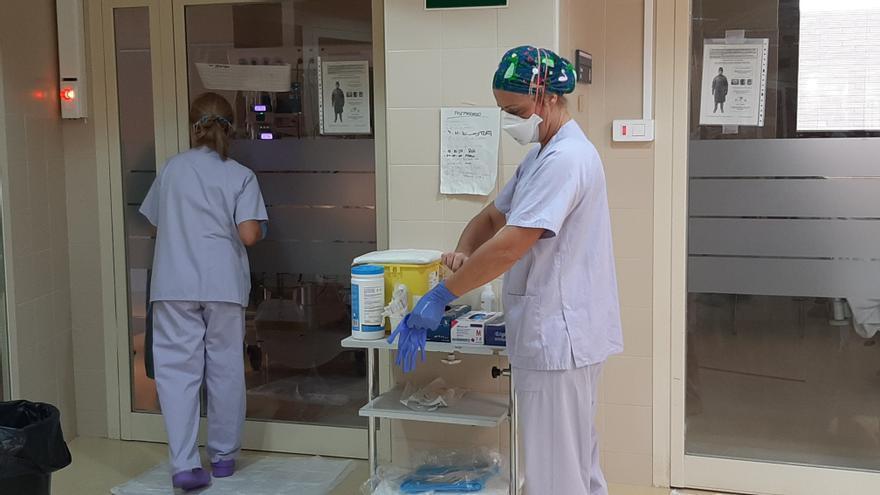 Siete personas siguen ingresadas en los hospitales de Elche con covid