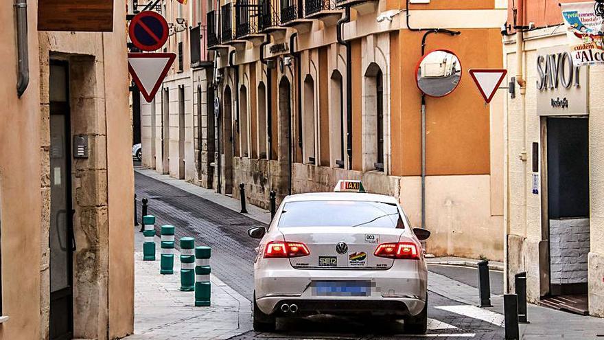 Alcoy tramita 100 permisos para poder acceder al centro peatonal