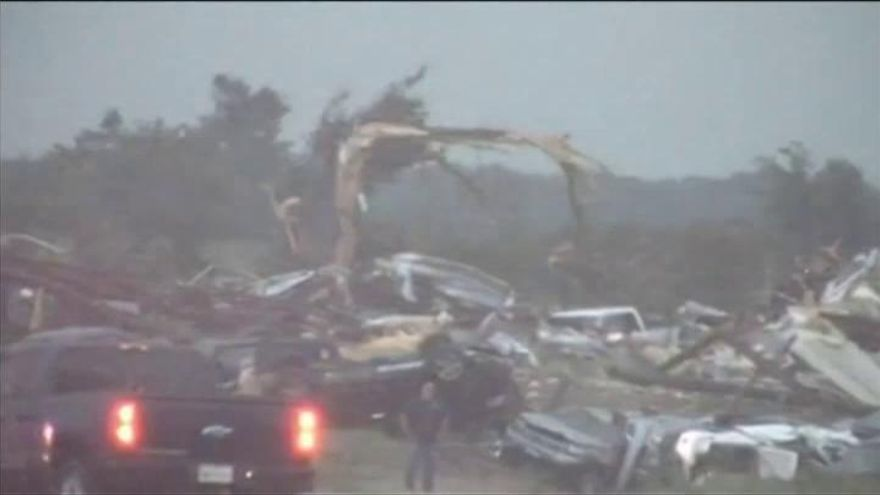 Cinco muertos por el paso de varios tornados en Texas
