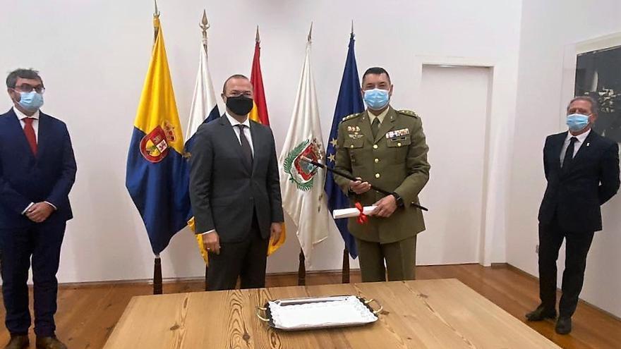 Hidalgo nombra alcaide del Castillo de La Luz al coronel jefe del Regimiento de Artillería Antiaérea 94, Enrique Javier Rivera
