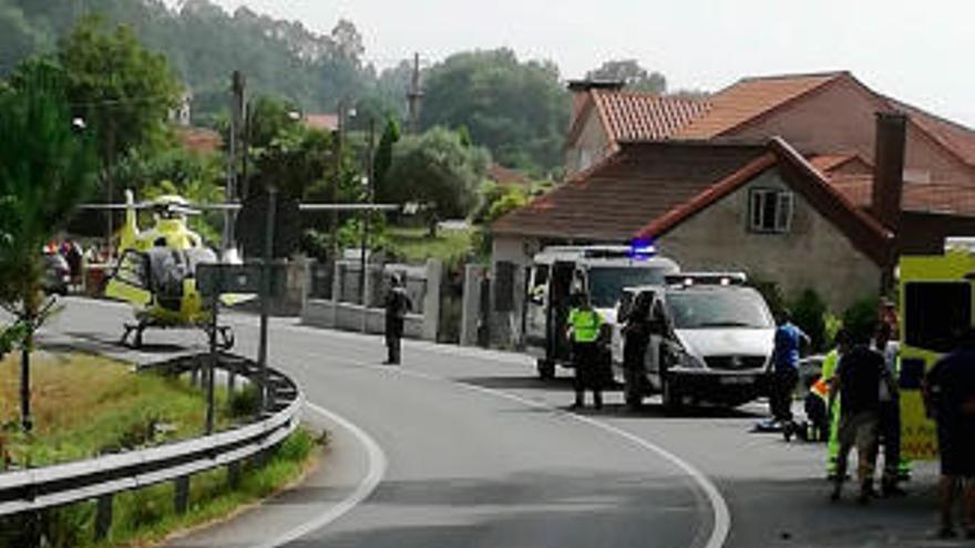 Un motorista muerto y su acompañante muy grave en un accidente en Barro
