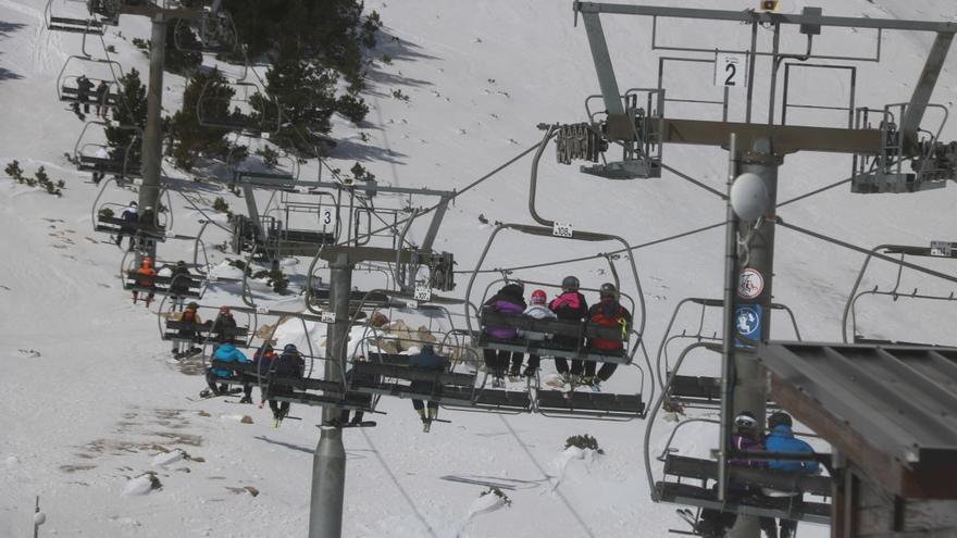 Vallter2000 avança la fi de la temporada d'esquí per les altes temperatures
