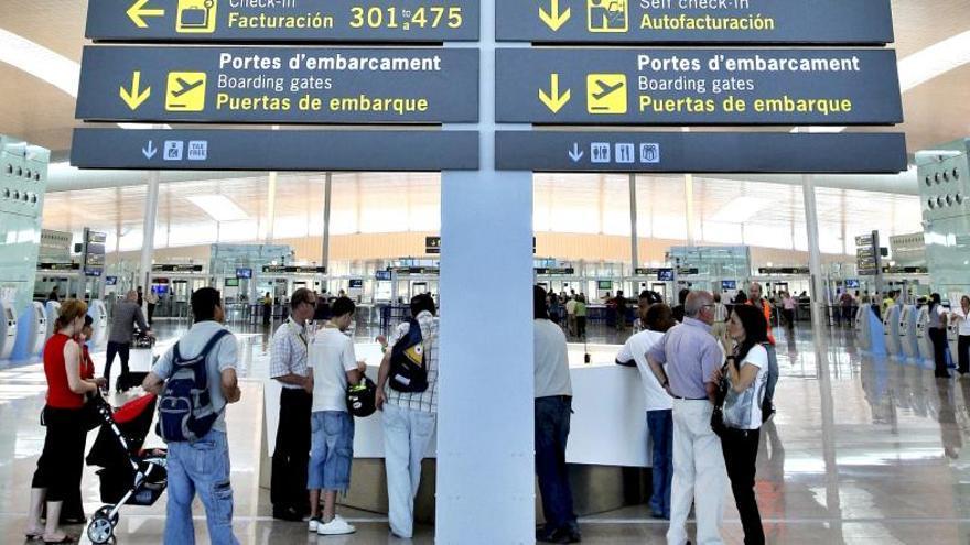 Cancelados 49 vuelos en España por la huelga de controladores franceses