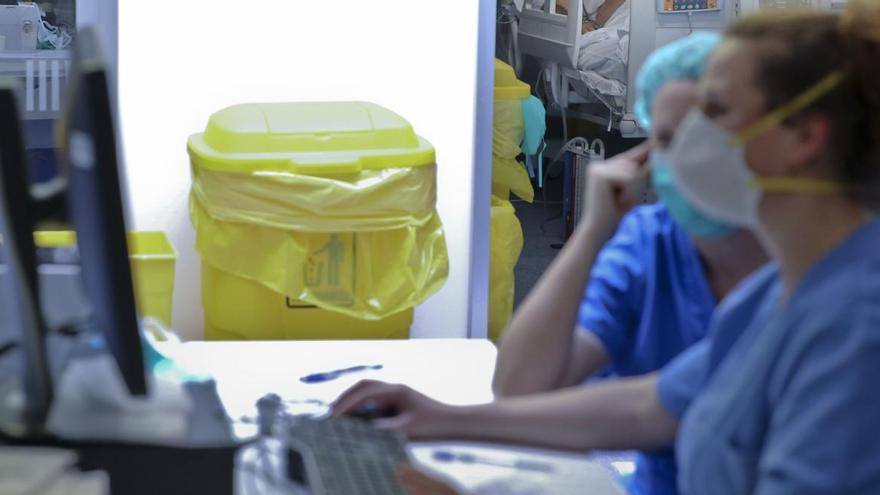 """Nuevo protocolo de Salud en Asturias: """"Deja de ser relevante el diagnóstico de laboratorio de los casos leves"""""""