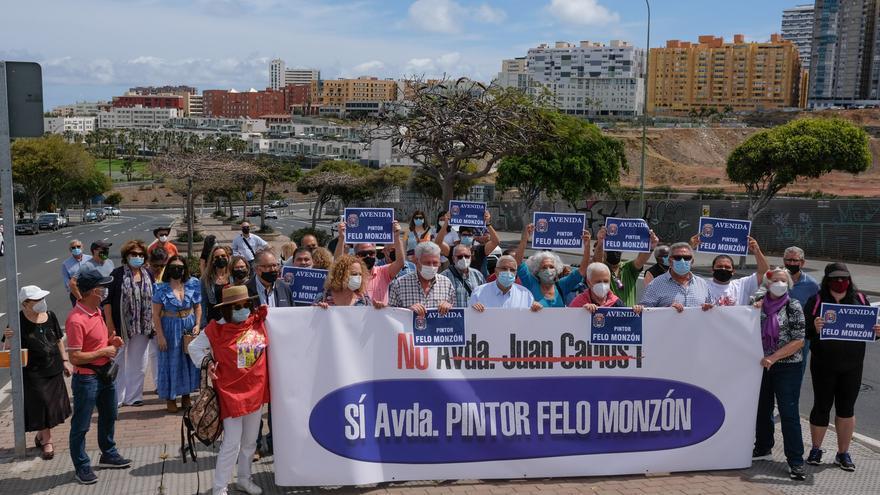 La Real Sociedad Económica de Amigos del País acoge un debate para retirar el nombre a la avenida Juan Carlos I