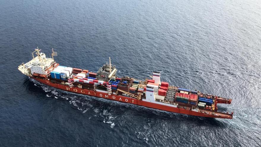 El barco nuclear ruso ya está lejos de Canarias