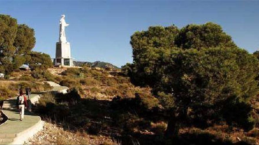 Sendero del Mirador del Corazón de Jesús: Sobre el cielo del Valle del Guadalentín