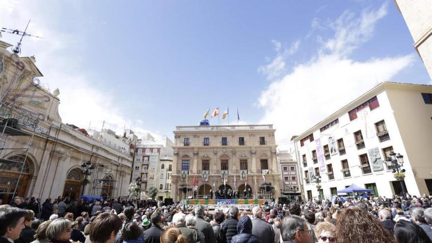 Castellón cierra la Magdalena con menos quejas por molestias de collas desde 2010