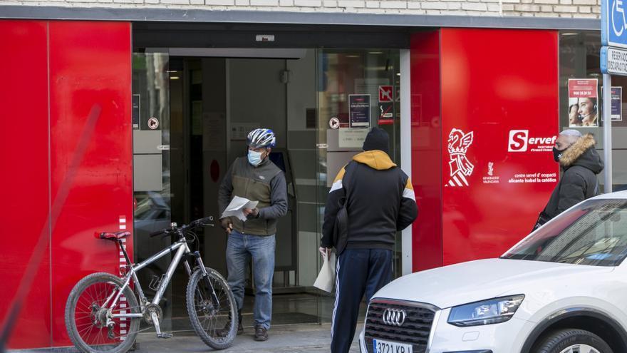 La relajación de las restricciones reduce en más de 4.000 personas el paro en Alicante