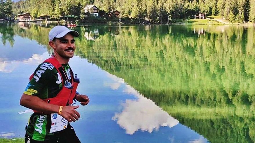 Álvaro Escuela brilla en la Ultra Trail Mont Blanc