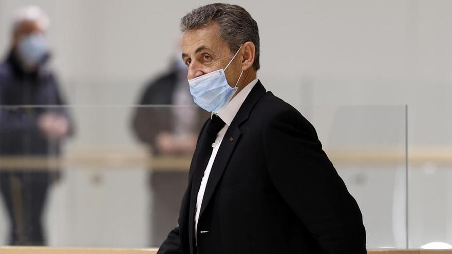 """Sarkozy: """"Jamás he cometido un mínimo acto de corrupción"""""""