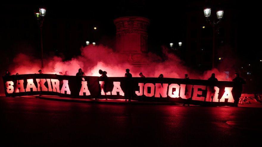 L'alcaldessa de la Jonquera condemna l'atac masclista dels ultres del PSG a Shakira
