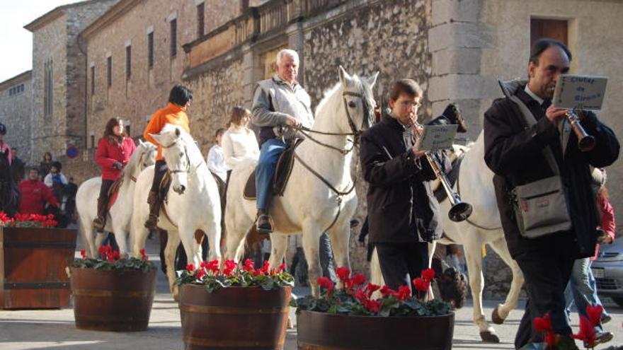Peralada celebrarà Sant Antoni i homenatjarà, a títol pòstum, a Pau Pujol Esparch
