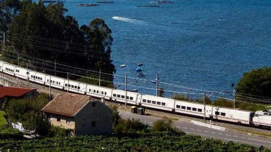 """El tren Vigo-Barcelona, """"trending topic"""""""