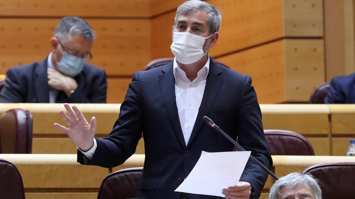 Clavijo se enfrenta a Sánchez en el Senado por las crisis económica y social en Canarias
