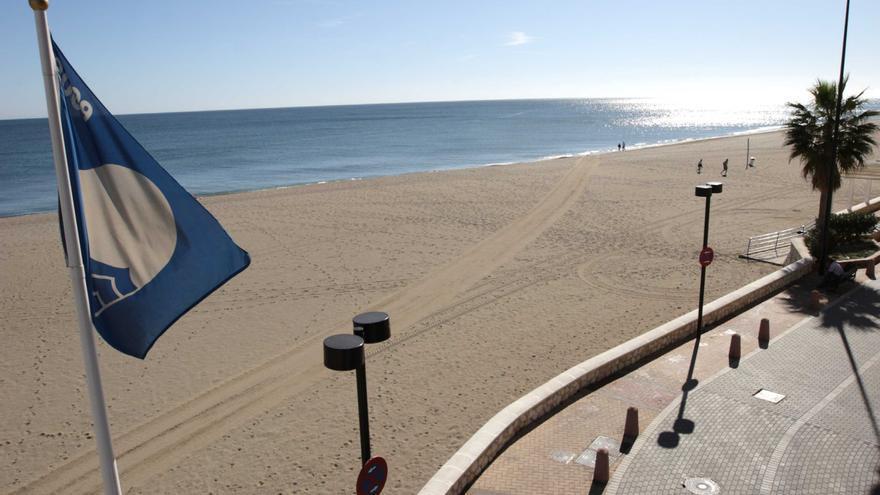 Castellón gana una bandera azul y este verano 32 playas lucirán el distintivo