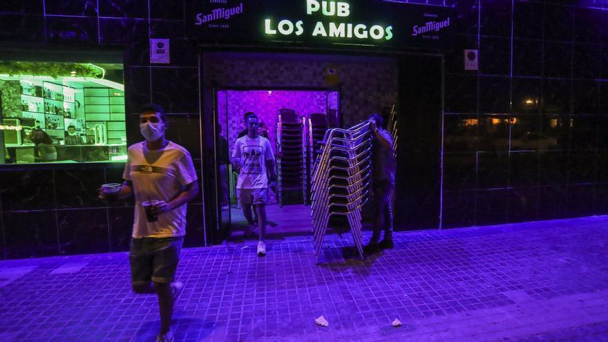 Turisme propone exigir el pasaporte covid para acceder a bares, restaurantes, pubs y conciertos