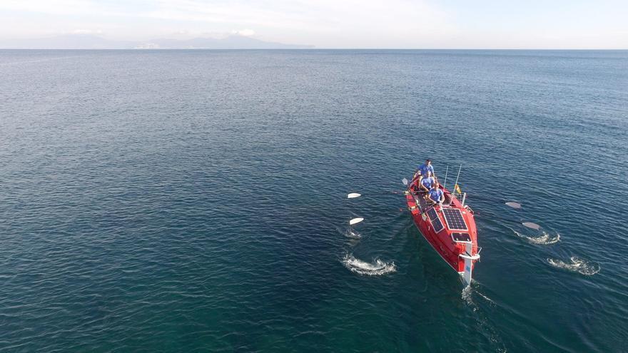 L'equip gironí Ocean Cats fa la travessa entre Tossa de Mar i Sóller