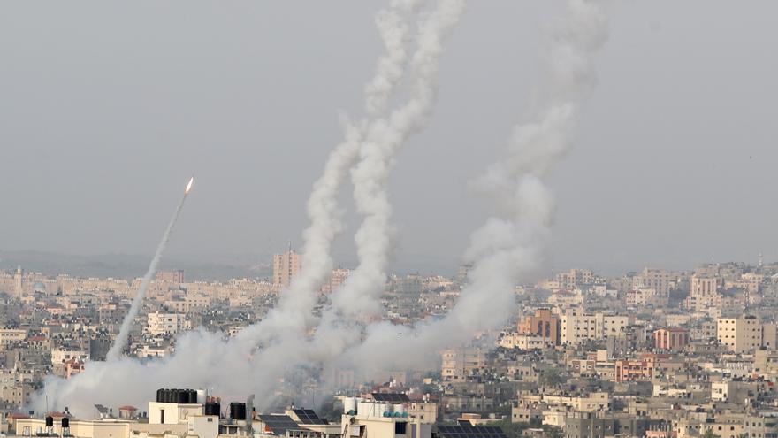 Veinte muertos en Gaza por un bombardeo israelí tras el lanzamiento de cohetes a Jerusalén