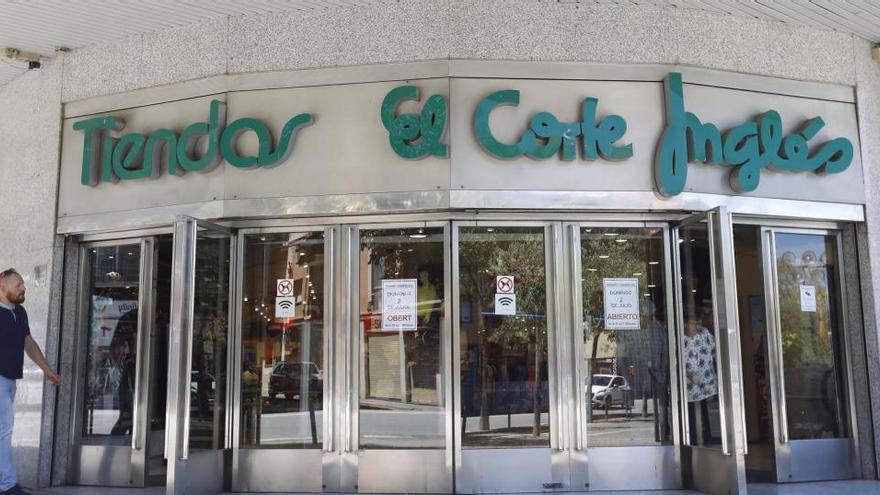 El Corte Inglés començarà la setmana que ve a negociar amb els sindicats les baixes incentivades a 3.000 empleats