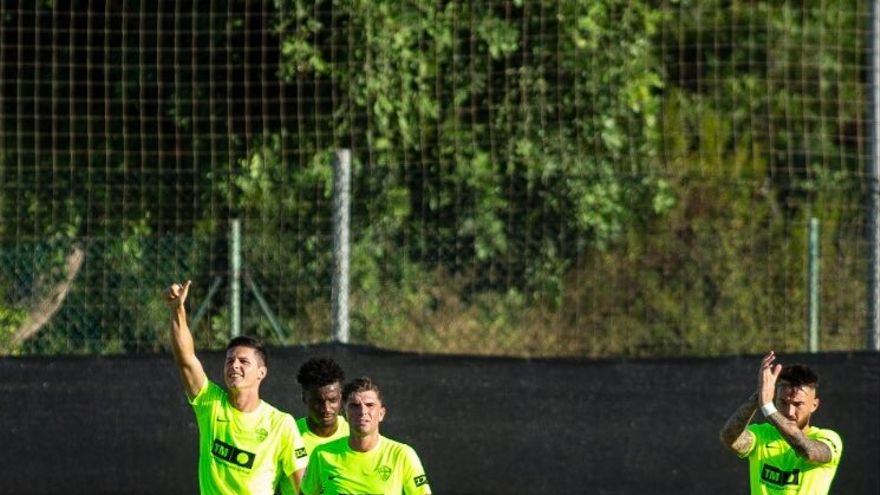 El Elche derrota al Alavés gracias a un gol de Carrillo (1-0)