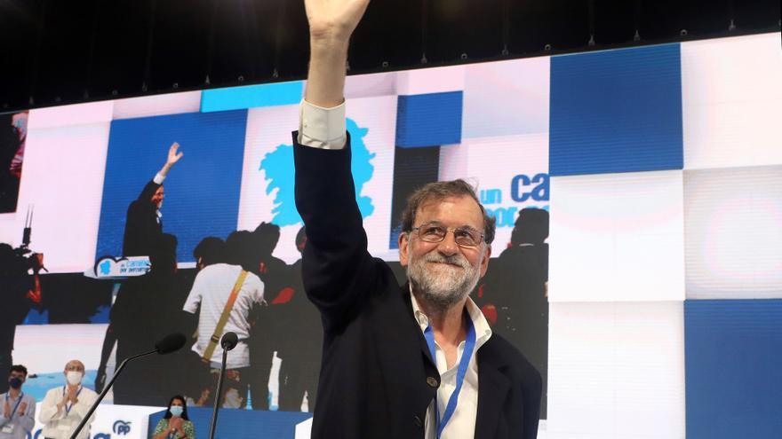 """Rajoy arremete contra el lenguaje inclusivo: """"Hay demasiada patada al diccionario, el todes, el hijes"""""""