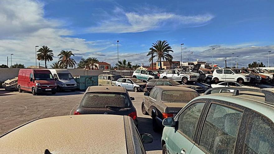 Un juez ordena liquidar el 21 de junio la empresa que gestiona la grúa de Torrevieja