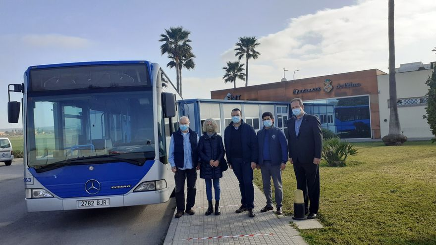 La EMT dona un bus a la Asociación de Amigos del  Pueblo Saharaui