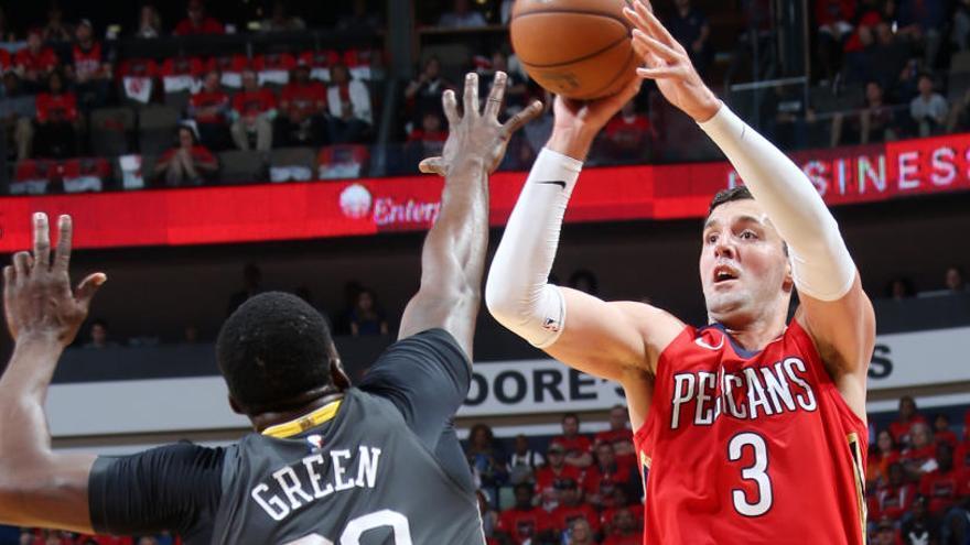 Mirotic brilla en la victoria de los Pelicans ante los Warriors