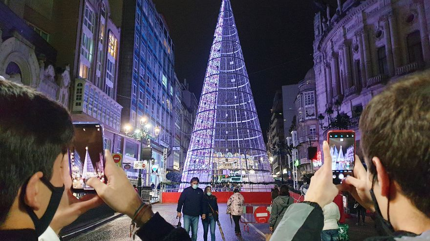 Vigo fija fecha y hora para el apagado del alumbrado de Navidad