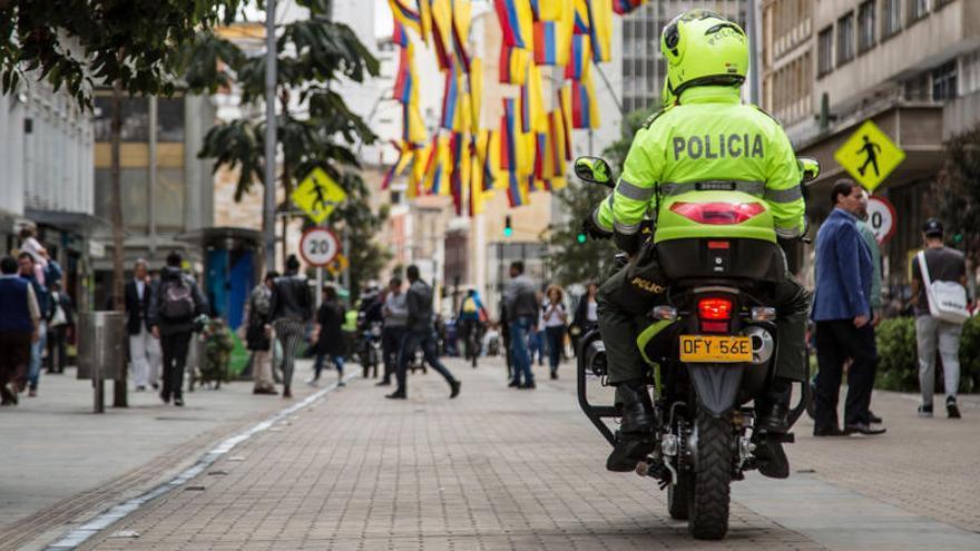 Colombia procesa a 22 policías por recibir pagos de bandas del narcotráfico