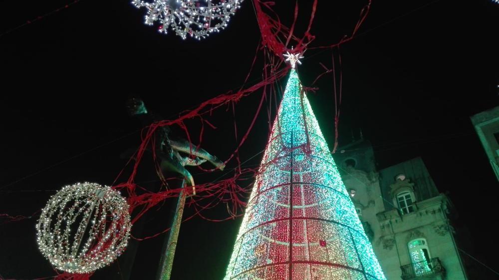 La Navidad arranca en Vigo con el encendido del alumbrado // R. G. / C. P. / J. A. / L. V.