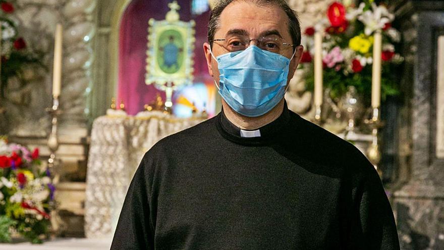 José Luis Casanova: «¿Por qué no puede estar la Santa Faz en Fitur y promocionarla?»