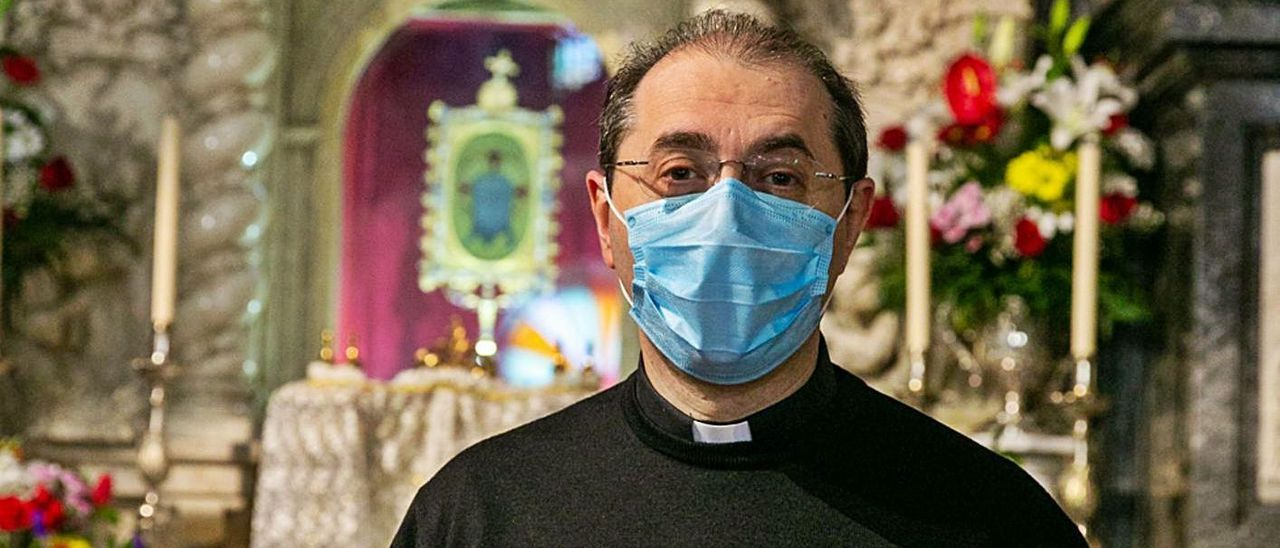 José Luis Casanova, rector del santuario de la Santa Faz, ayer.