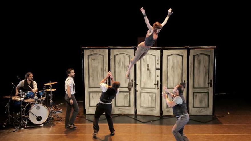 Misa, circo y la música de Joan Murenu
