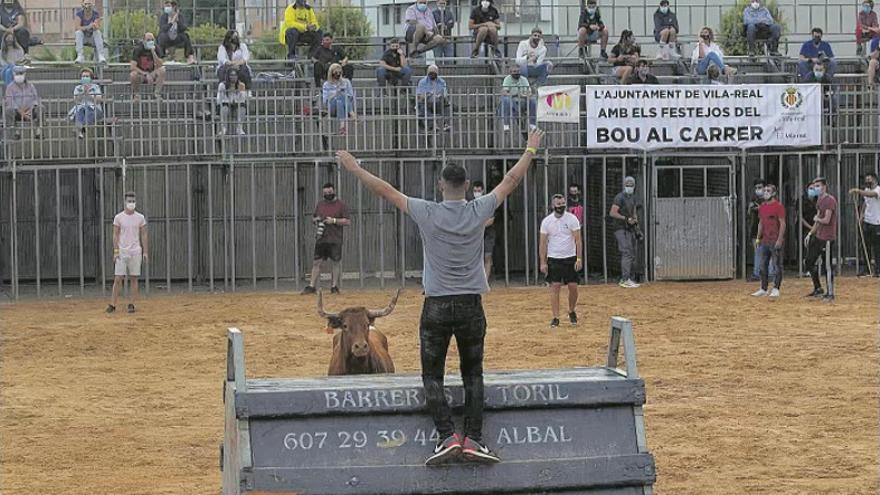 Vila-real reserva una plaza portátil para hacer toros en septiembre