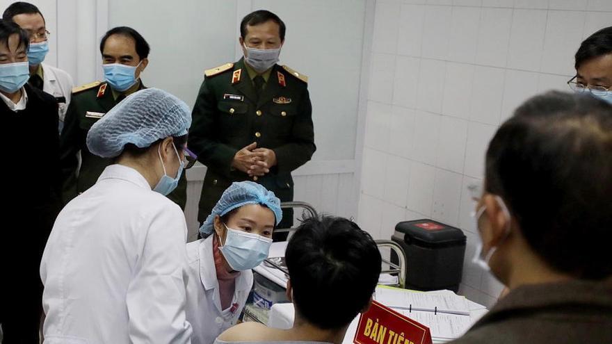 Vietnam inicia pruebas en humanos de su propia vacuna contra la COVID-19