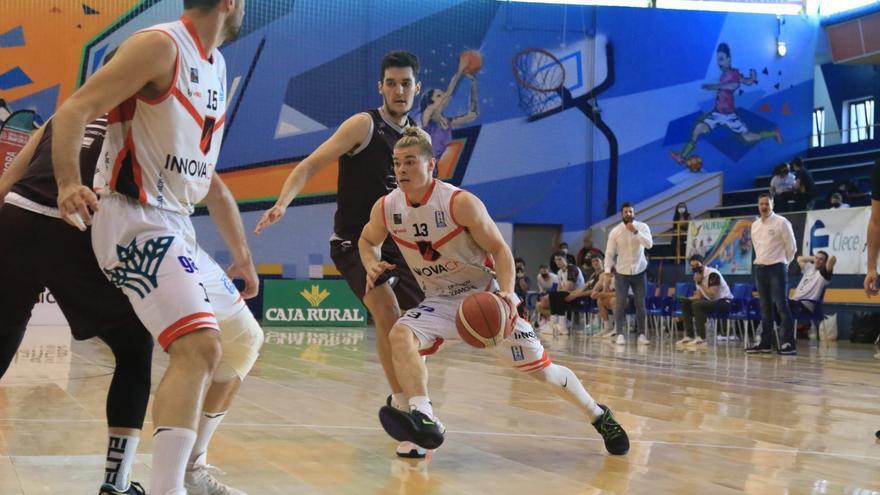 Innova Chef gana en la prórroga a Zentro Basket Madrid y ve la salvación más cerca (96-94)