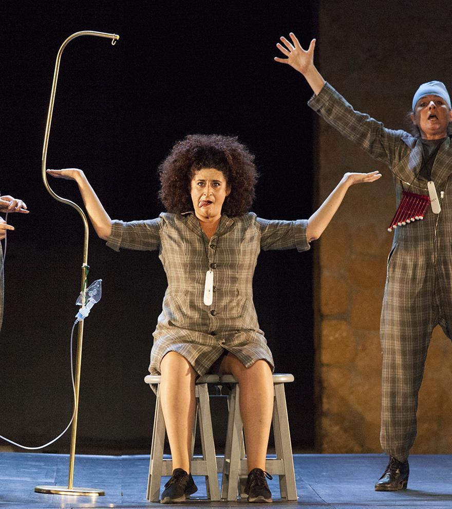 «El viento es salvaje» de Las niñas de Cádiz en el Teatro