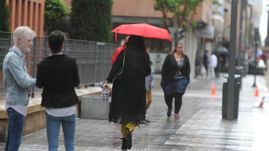 Descenso de temperaturas y lluvias mañana en la Región